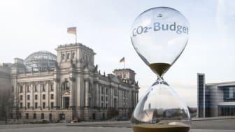CO2-Tag 2019: Sanduhr vor Reichstag