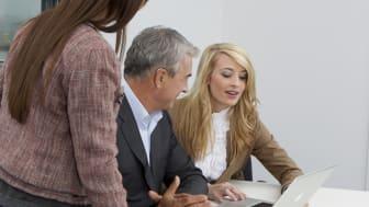 Berufsleben und gutes Hören gehören zusammen – FGH Experten raten zu Hörtests mindestens einmal im Jahr.