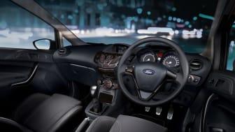 Ford Fiesta Sport Street Edition - interiør
