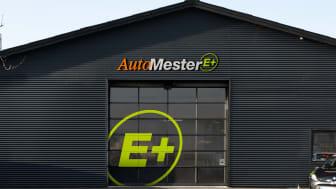 Fremover vil AutoMester værksteder, der investerer i det nye AutoMester E+ koncept kunne genkendes på det grønne E+ logo.