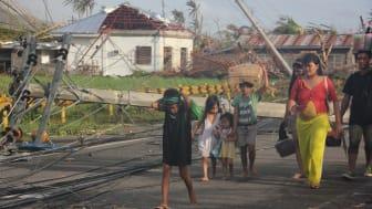 Rädda Barnen kraftsamlar för att hjälpa 500 000 människor i Filippinerna
