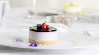 Blåbärscheesecake beskuren.jpg