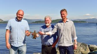 Norwegian Lobsterfarm and Green Mountain