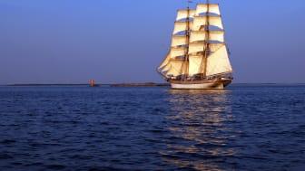 Program - Hållbara Hav/briggen Tre Kronor i Karlshamn 25-26 juli - seminarium, öppet skepp, seglingar