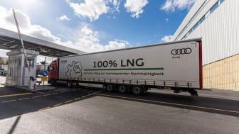 Audi setzt am Standort Neckarsulm ab sofort mit LNG-Gas betriebene LKWs als Alternative zum klassischen Diesel-LKW ein. (Foto: Audi)