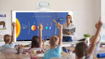 Epson Luncurkan Proyektor Interaktif Ultra-short Throw sebagai Solusi Edukasi dan Perkantoran di Era New Normal