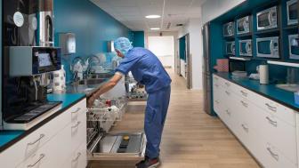 Operationspersonal i personalmatsal, Södersjukhuset