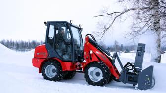 Modell Flexitrac 1238 CAB med en hydrauldriven snöfräs