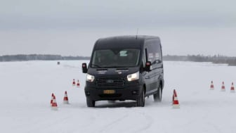 Ford Transit og Transit Connect tok dobbeltseier i arktisk varebiltest; vant over is, snø, kulde - og konkurrenter