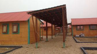 Det nye barnesenteret i Bekaa-dalen i Libanon har høy standard med isolerte bygninger og elektrisitet.
