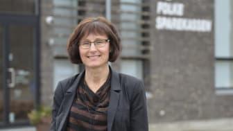 Folkesparekassens direktør Martha Petersen glæder sig over, at kunne tilbyde kunderne Danmarks første fulde produktlinje for bæredygtige pensioner i markedsrente