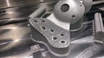 Additive manufacturing and medical devices: extraordinary possibilities