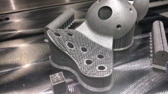 Custom made hip implant_small