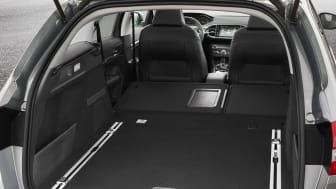 Nya Peugeot 308 SportWagon lastar stort
