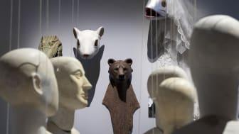 Dockor och djurmasker
