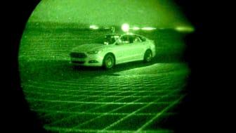 Ikke noe lys? Ikke noe problem! Fords selvkjørende forskningsbiler har sensorer som ser i mørket
