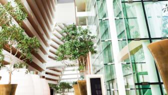 Moderne byggeri set nedefra