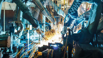 Att ha en industridoktorand kopplad till sitt företag innebär en kompetenshöjning inte bara för doktoranden, utan även för företaget i stort. Det framhåller Jenny Bäckstrand, lokal projektledare för Smart Industry Sweden på Jönköping University.
