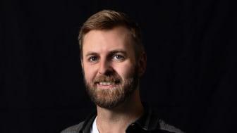 Asbjørn Kristensen Høgsbro ansat som community udvikler i Bikubenfonden. Foto: Ulrik Jantzen