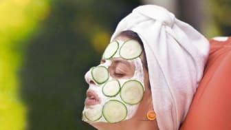 Gurkenmaske ohne Zigarette