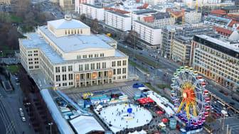Leipziger Eistraum mit Willenborg Riesenrad 24 auf dem Augustusplatz