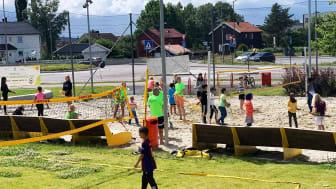 Sandvolleyball i Fossumparken med Vestli IL var en av aktivitetene i sommer.