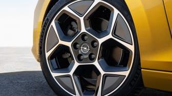 14-Opel-Astra-516135.jpg