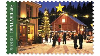 Et julemarked på Maihaugen er motiv for ett av de to julefrimerkene i 2020.