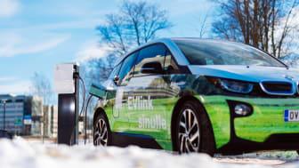 Sähköinen liikenne on keskeinen ratkaisu ilmastonmuutoksen hillitsemiseen. Kuva: Schneider Electric