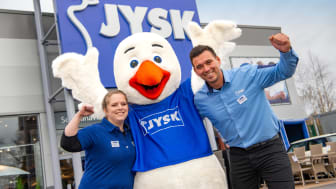 JYSK UK Country Manager David Ashton with the JYSK Goose and new Oldham store manager Natalie Waring