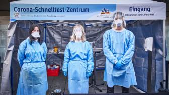 dm-drogerie markt mit ECR-Award für das Engagement während der Pandemie ausgezeichnet