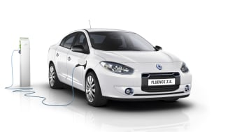 New Renault electric and ICE cars connected through Telenor Connexion