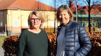 Agneta Jonsson, universitetslektor i barn- och ungdomsvetenskap och Susanne Thulin, universitetslektor i pedagogik och Programområdesansvarig för förskollärarprogrammet, gläds över beviljat forskningsmedel.