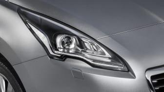 Nya generationen Peugeot 5008_strålkastare