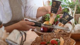 I samband med Ostens dag har Västerbottensost tagit hjälp av populära matprofiler som har skapat recept med den unika osten från Burträsk. Foto Frida Lundgren (Fröken Frida)