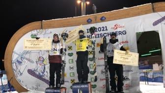 Oliwer Magnusson tar sn första pallplats i big air. Från Vänster Antoine Adelisse Frankrike, Birk Ruud Norge och Oliwer Magnusson Östersund Foto Niklas Eriksson SSF