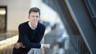 Nå skal vi gå grundig igjennom dommen, sier Petter-Børre Furberg, administrerende direktør i Telenor Norge (Foto: Martin Fjellanger)