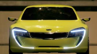 """For ti år siden ved IAA 2007 præsenterede KIA konceptbilen Kee – en sports coupé, som blev udgangspunktet for KIAs nye designsignatur, som har defineret alle KIA modeller lige siden: """"Tigernose"""" grillen"""