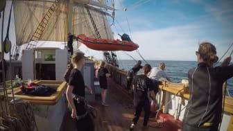 Man över bord-övning på Tre Kronor. Film från SocialVideo Production.