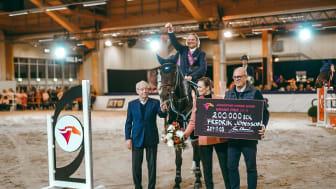 Fredrik Jönsson red för guld på sin VM häst Cold Play och tog hem segern i söndagens sista klass Jönköping Horse Show Grand Prix.