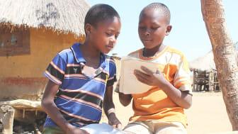 Hjälp barnen återvända till skolan - Barnfonden och Jollyroom i gemensam kampanj