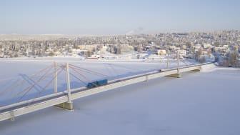 Svevia ska byta ut kablarna på den 65 år gamla Strömsundsbron. En teknisk utmaning av internationellt intresse. Foto: Torbjörn Bergkvist