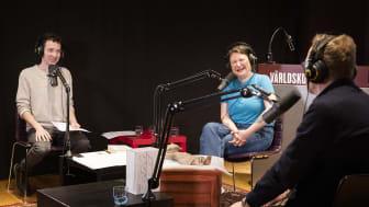 Sinne för humor – Ina Lundström och Ola Sigurdson möts i podden Inside the Box