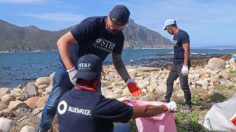 On World Clean Up Day, Bluewater helps Cape Town avoid plastic trash becoming micro plastics (photos: Maryann Shaw)