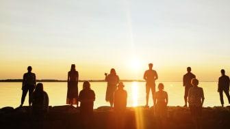 Kammarmusik-Akademien i solnedgången vid Vätterns strand