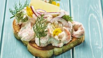 Toast Skagen er en av de mest populære forrettene i Sverige. Foto: Tom Haga