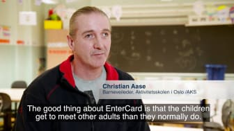 Yes2Chess – EnterCard employees teach chess to kids
