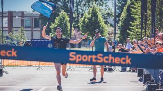 Der glückliche Sieger des Halbmarathons, Andreas Beck.