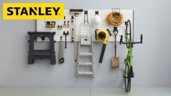 STANLEY Track Wall-systemet erbjuder ett omfattande sortiment av tillhörande krokar, fästen, hyllor, konsoler och korgar vilket gör det möjligt för att skapa obegränsade förvaringskombinationer.
