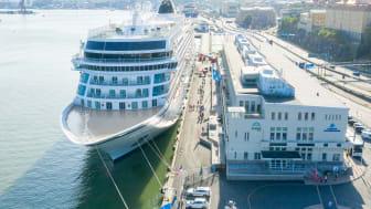 America Cruise Terminal.jpg